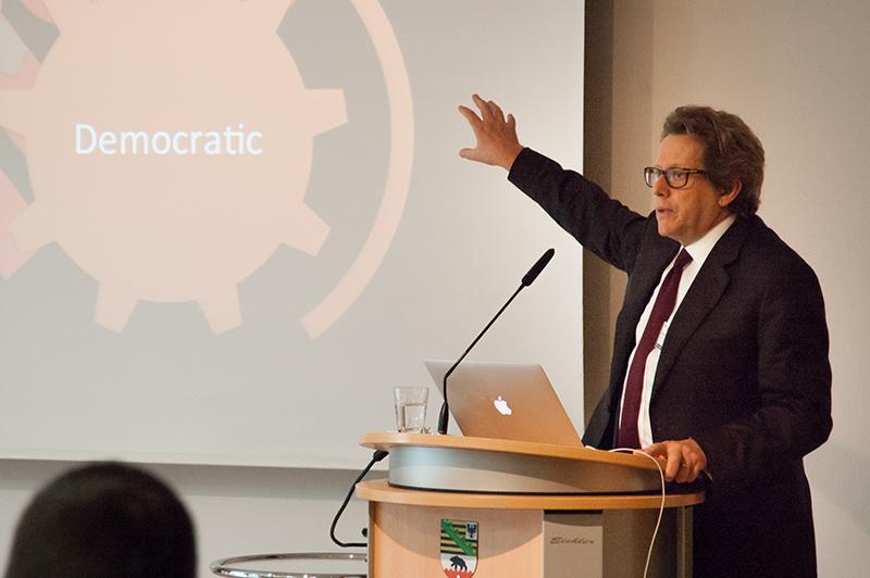 Jesse Marsh: »Unsere international verflochtenen Ökonomien erfordern eine neue Qualität der demokratischen Mechanismen«