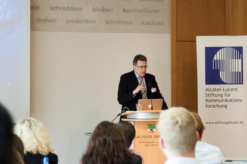 Dr. Erich Zielinski, Direktor der Alcatel-Lucent Stiftung für Kommunikationsforschung