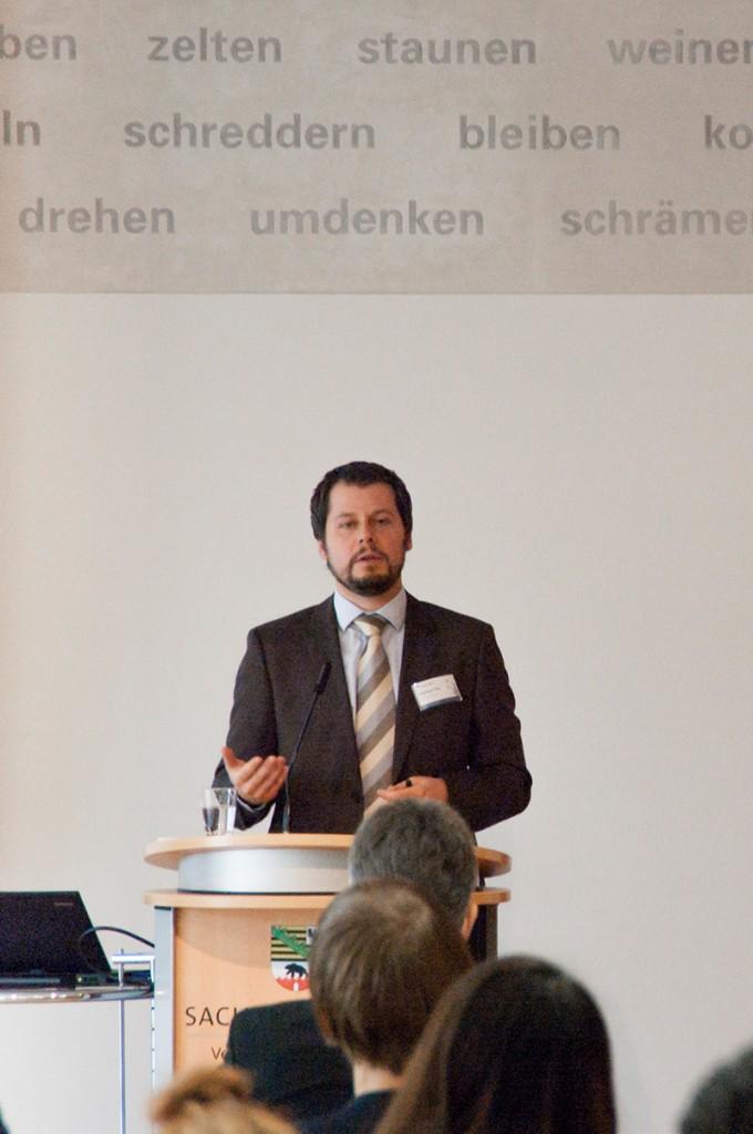 Prof. Dr. Matthias Trier, CBS Denmark: »Crowd Funding und Soziale Informationssysteme revolutionieren die Finanzmärkte«