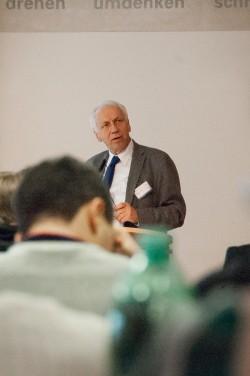 Prof. Dr. Drs. h.c. Arnold Picot, LMU München